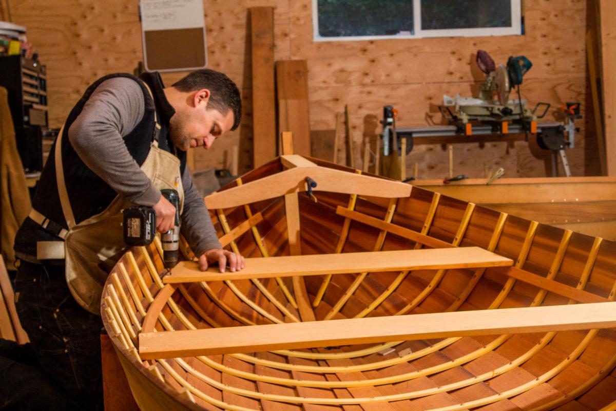 Hillmark Boats Installing Seats